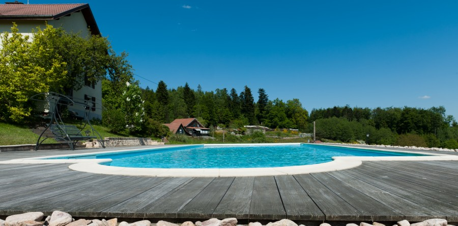 Piscines personnalis es sur mesure volutives for Piscine personnalisee
